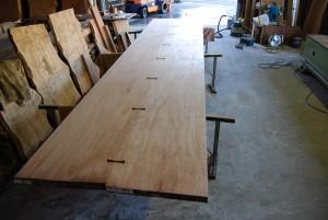 19 アパ材特大テーブルの制作 7600×1500 (無塗装)